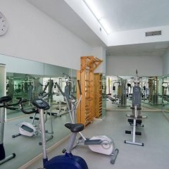 Golden Tower Hotel & Spa фитнесс-зал