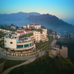 Отель Silk Path Grand Resort & Spa Sapa пляж