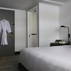 The Renwick Hotel New York City, Curio Collection by Hilton 4* Стандартный номер с различными типами кроватей