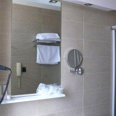 Отель Sercotel Los Ángeles Испания, Эль-Астильеро - отзывы, цены и фото номеров - забронировать отель Sercotel Los Ángeles онлайн ванная