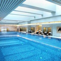 Отель Langham Place, Guangzhou бассейн фото 2