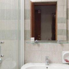 Отель Skala Hotel Сербия, Белград - отзывы, цены и фото номеров - забронировать отель Skala Hotel онлайн ванная