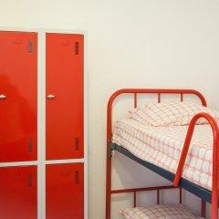 Barbieri Sol Hostel сейф в номере