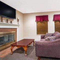 Отель Hawthorn Suites Columbus North Колумбус комната для гостей