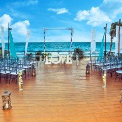 Отель Oasis Cancun Lite