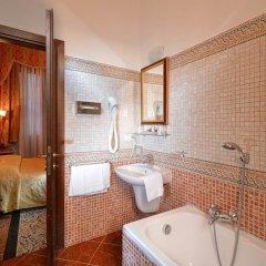 Отель Residenza San Maurizio ванная