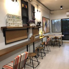 Post Factory Bed & Breakfast Sathorn Hostel - Adults Only Бангкок фото 10