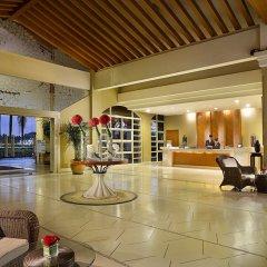 Отель Dongguan Hillview Golf Club интерьер отеля