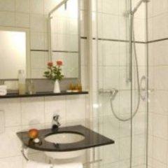 Отель Ghotel And Living Munchen-Zentrum Германия, Мюнхен - 1 отзыв об отеле, цены и фото номеров - забронировать отель Ghotel And Living Munchen-Zentrum онлайн ванная