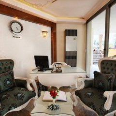 Alaiye Kleopatra Hotel интерьер отеля