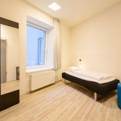 Отель Generator Hamburg Германия, Гамбург - 2 отзыва об отеле, цены и фото номеров - забронировать отель Generator Hamburg онлайн сейф в номере