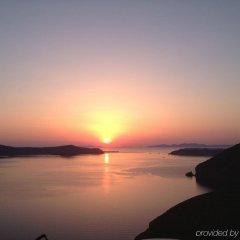 Отель Cori Rigas Suites Греция, Остров Санторини - отзывы, цены и фото номеров - забронировать отель Cori Rigas Suites онлайн пляж