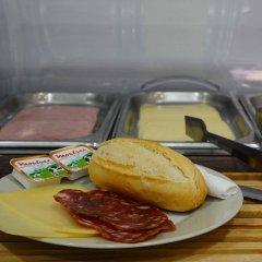 Отель Esplugues Испания, Эсплугес-де-Льобрегат - отзывы, цены и фото номеров - забронировать отель Esplugues онлайн питание фото 3