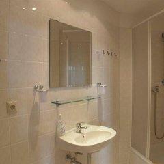 Отель Ai Konigshof Берлин ванная фото 2