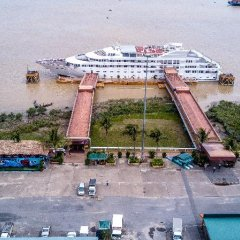 Vintage Luxury Yacht Hotel парковка