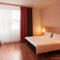 Отель ibis Nuernberg Altstadt комната для гостей фото 3