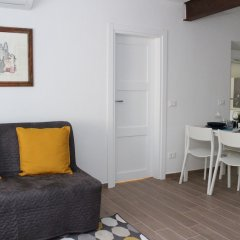 Апартаменты Art Apartment Borgo Stella Флоренция комната для гостей