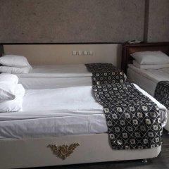 Katan Hotel сейф в номере