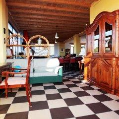 Отель La Casa Rossa Country House Пьяцца-Армерина интерьер отеля