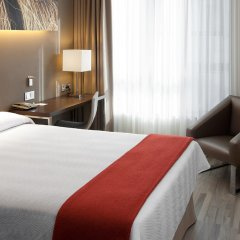 Отель NH Barcelona Diagonal Center Испания, Барселона - 14 отзывов об отеле, цены и фото номеров - забронировать отель NH Barcelona Diagonal Center онлайн комната для гостей