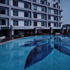 Отель Pullman Hanoi Ханой бассейн