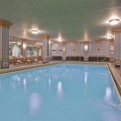 Millennium Biltmore Hotel бассейн