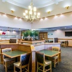 Quality Hotel And Conference Center Блюфилд гостиничный бар