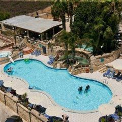 Отель Porto Azzurro Aparthotel бассейн