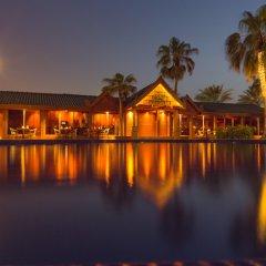 Отель Dubai Marine Beach Resort & Spa ОАЭ, Дубай - 12 отзывов об отеле, цены и фото номеров - забронировать отель Dubai Marine Beach Resort & Spa онлайн приотельная территория фото 2