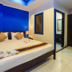 Отель 2C Phuket Hotel Таиланд, Карон-Бич - отзывы, цены и фото номеров - забронировать отель 2C Phuket Hotel онлайн комната для гостей фото 5