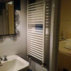 Отель Affittacamere Casa Corsi Италия, Флоренция - 2 отзыва об отеле, цены и фото номеров - забронировать отель Affittacamere Casa Corsi онлайн ванная
