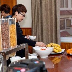 Отель Mukhum International Непал, Катманду - отзывы, цены и фото номеров - забронировать отель Mukhum International онлайн питание фото 3