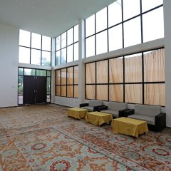 Отель OYO 18965 Parampara Garden интерьер отеля