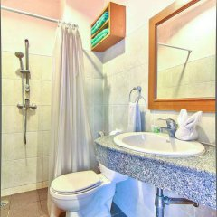 Inn Patong Hotel Phuket ванная