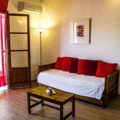 Folies Corfu Hotel Apartments Корфу комната для гостей