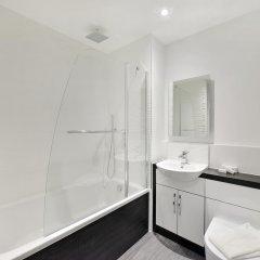 Отель The Leicester Square Collection ванная
