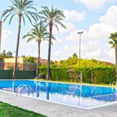 Отель Medium Valencia Испания, Валенсия - 3 отзыва об отеле, цены и фото номеров - забронировать отель Medium Valencia онлайн бассейн фото 2