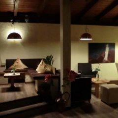 Отель Angerburg Blumenhotel Аппиано-сулла-Страда-дель-Вино интерьер отеля фото 2