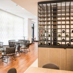 Отель Ilunion Pio XII Испания, Мадрид - 1 отзыв об отеле, цены и фото номеров - забронировать отель Ilunion Pio XII онлайн гостиничный бар