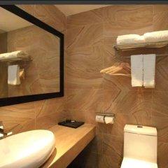 Отель Shen Zhen Ya Yuan Long Jing Hotel Китай, Шэньчжэнь - отзывы, цены и фото номеров - забронировать отель Shen Zhen Ya Yuan Long Jing Hotel онлайн ванная
