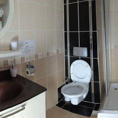 Saruhan Hotel ванная