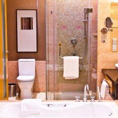 Отель Crowne Plaza Paragon Xiamen Китай, Сямынь - 2 отзыва об отеле, цены и фото номеров - забронировать отель Crowne Plaza Paragon Xiamen онлайн ванная фото 2