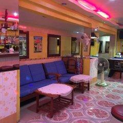 Отель Puphaya Budget 122 Паттайя гостиничный бар