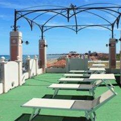 Hotel Aurora Римини пляж