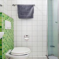 Апартаменты RockChair Apartment Niebuhrstraße Берлин ванная фото 2