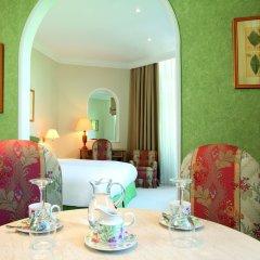 Отель Kefalari Suites в номере