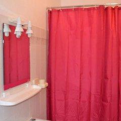 Отель Ria Hostel Alvor Португалия, Портимао - отзывы, цены и фото номеров - забронировать отель Ria Hostel Alvor онлайн ванная