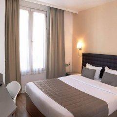 Отель Hôtel De Venise сейф в номере