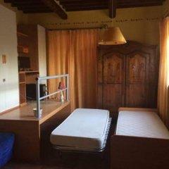 Отель Casa Vacanze Famiglia Cianchi Лари комната для гостей фото 2