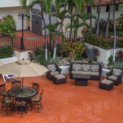 Отель San Marino Vallarta Centro Beach Front Пуэрто-Вальярта парковка